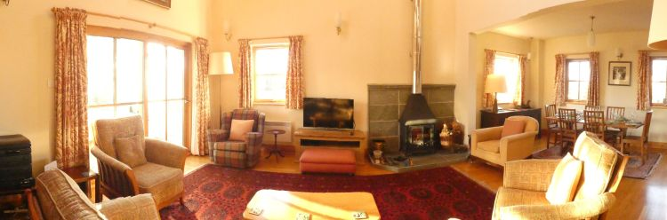 Panorama of Sitting roomto dining area header